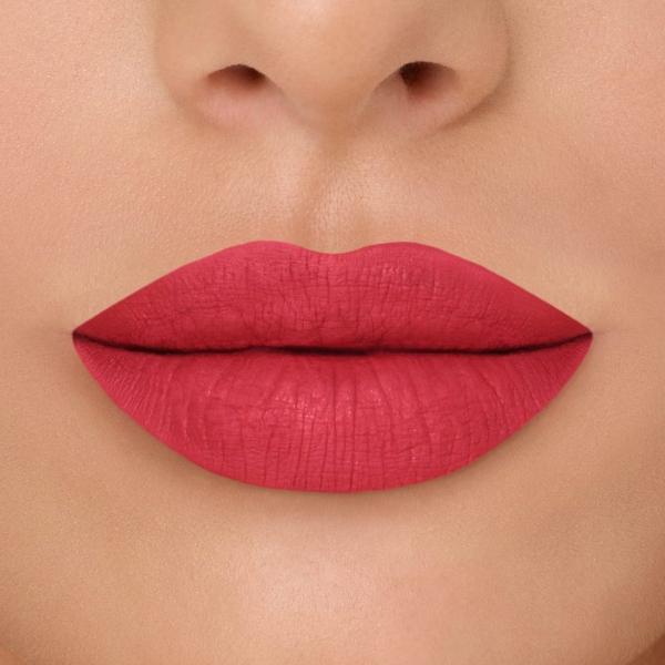 2 lipsticks au choix + 1 huile solaire offerte